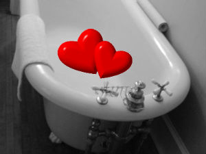 Lovemaking in bathtub