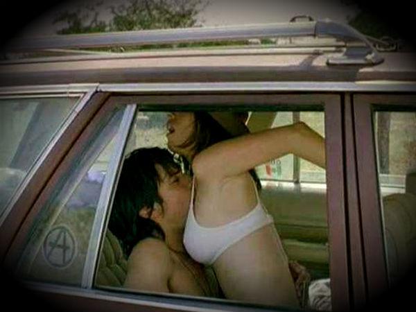 फिल्मों के टॉप बेहतरीन कार सेक्स सींस
